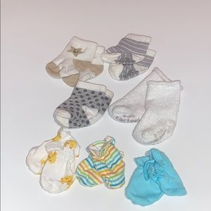 Socks and mittens lot - 0-3 months